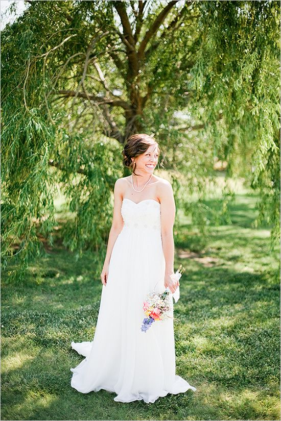 Backyard Style Oklahoma Wedding Venue #grecianweddingdresses