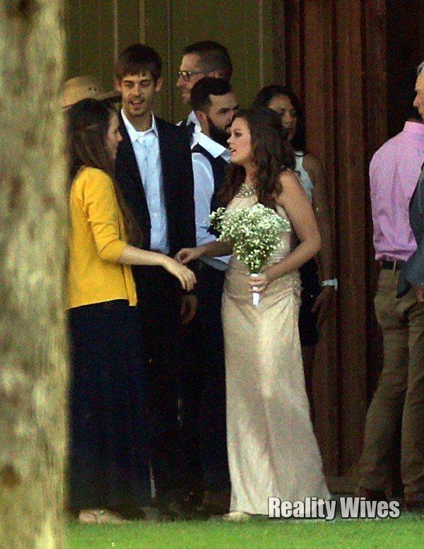 Amy Duggar Dillon King Are Married Duggar Wedding Duggars Amy Duggar
