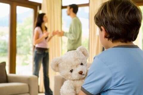 Famiglia disfunzionale: quali conseguenze sui figli? — Vivere più sani