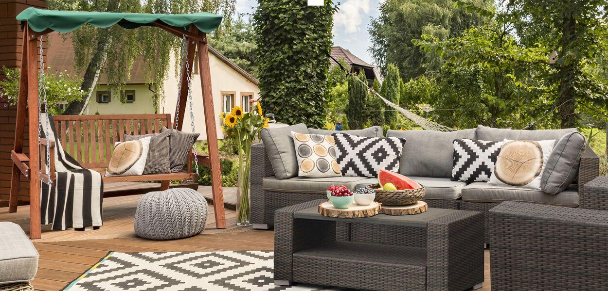 Goplus Patio Poolside Balcony Cushioned Wicker Sectional Sofa Set