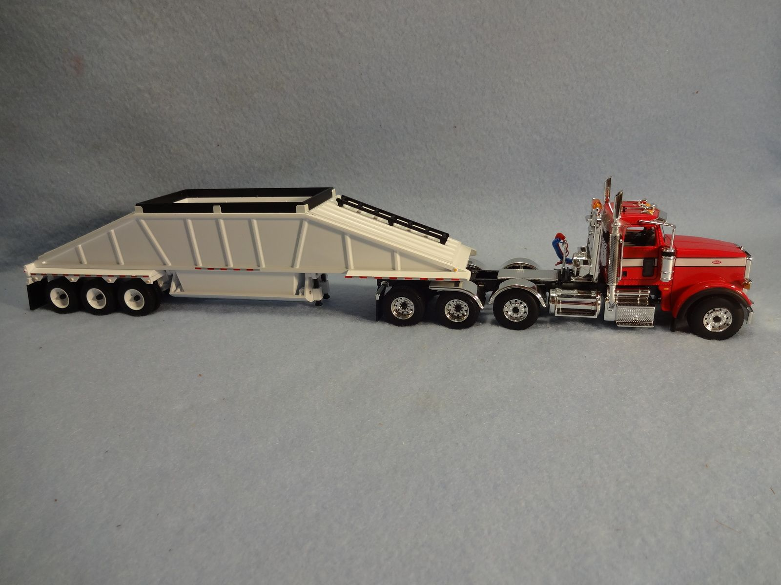 Tractor Supply Axle Trailer : This first gear die cast scale model peterbilt