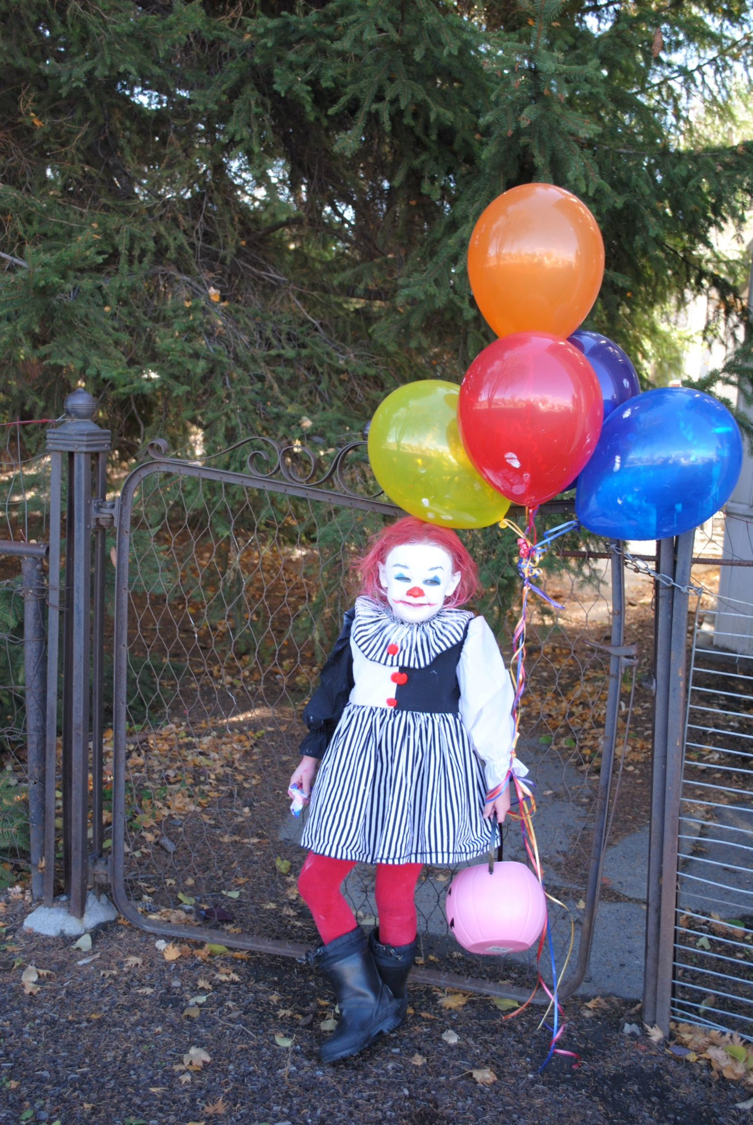 PennywiseClown Stephen Kings IT Pennywise Creepy Clown costume for ...