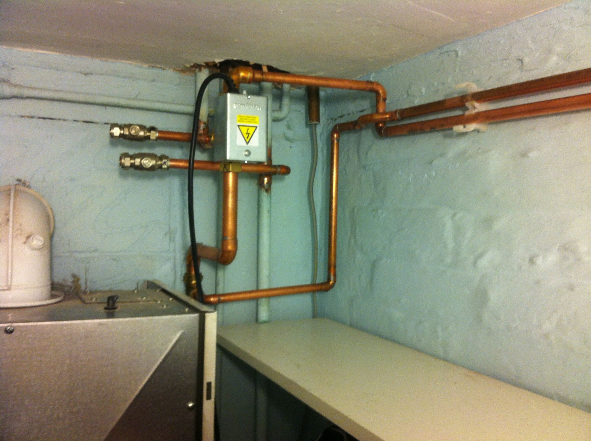 ...pipe work at boiler with diverter valve for re