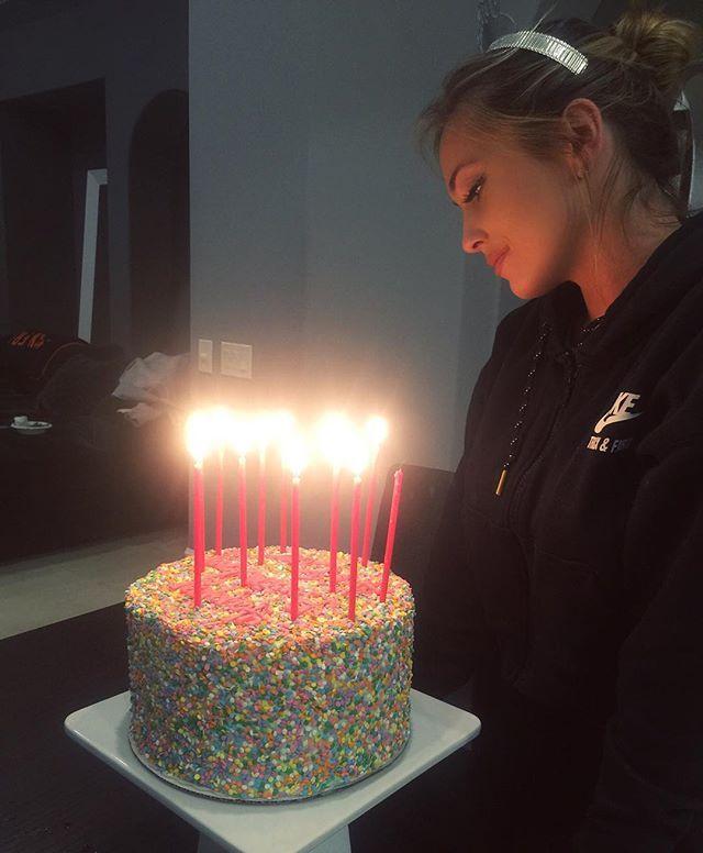 Bgrrs Birthday Cale Birthday Girl Theaniyalation Cake Ideas