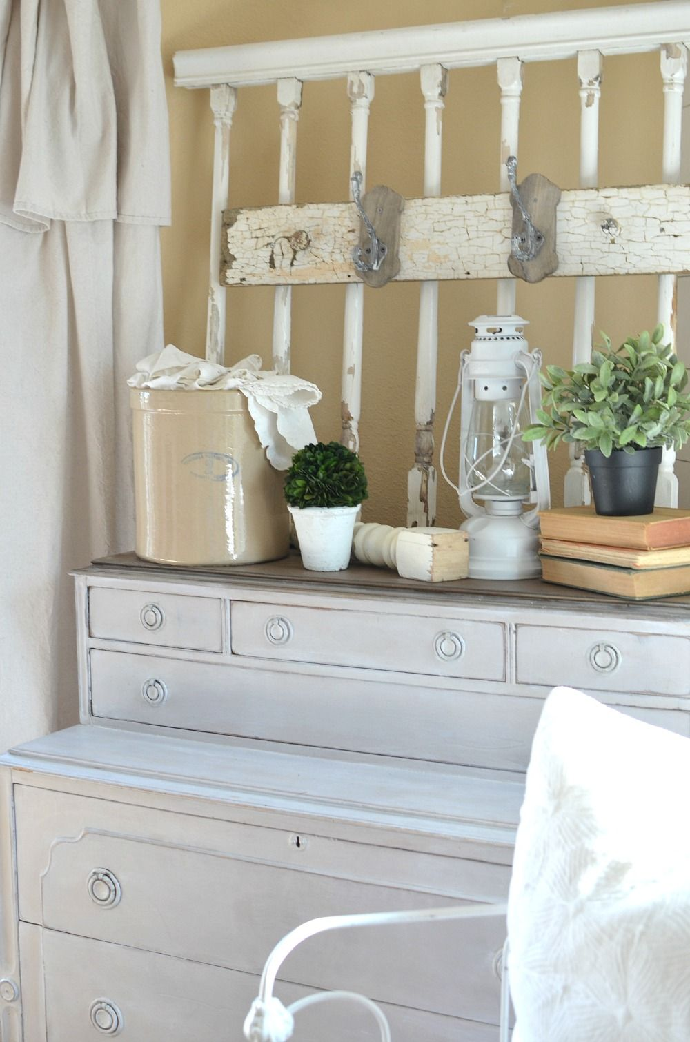 How to Get Organized with Vintage Decor | Vintage decor, Organizing ...