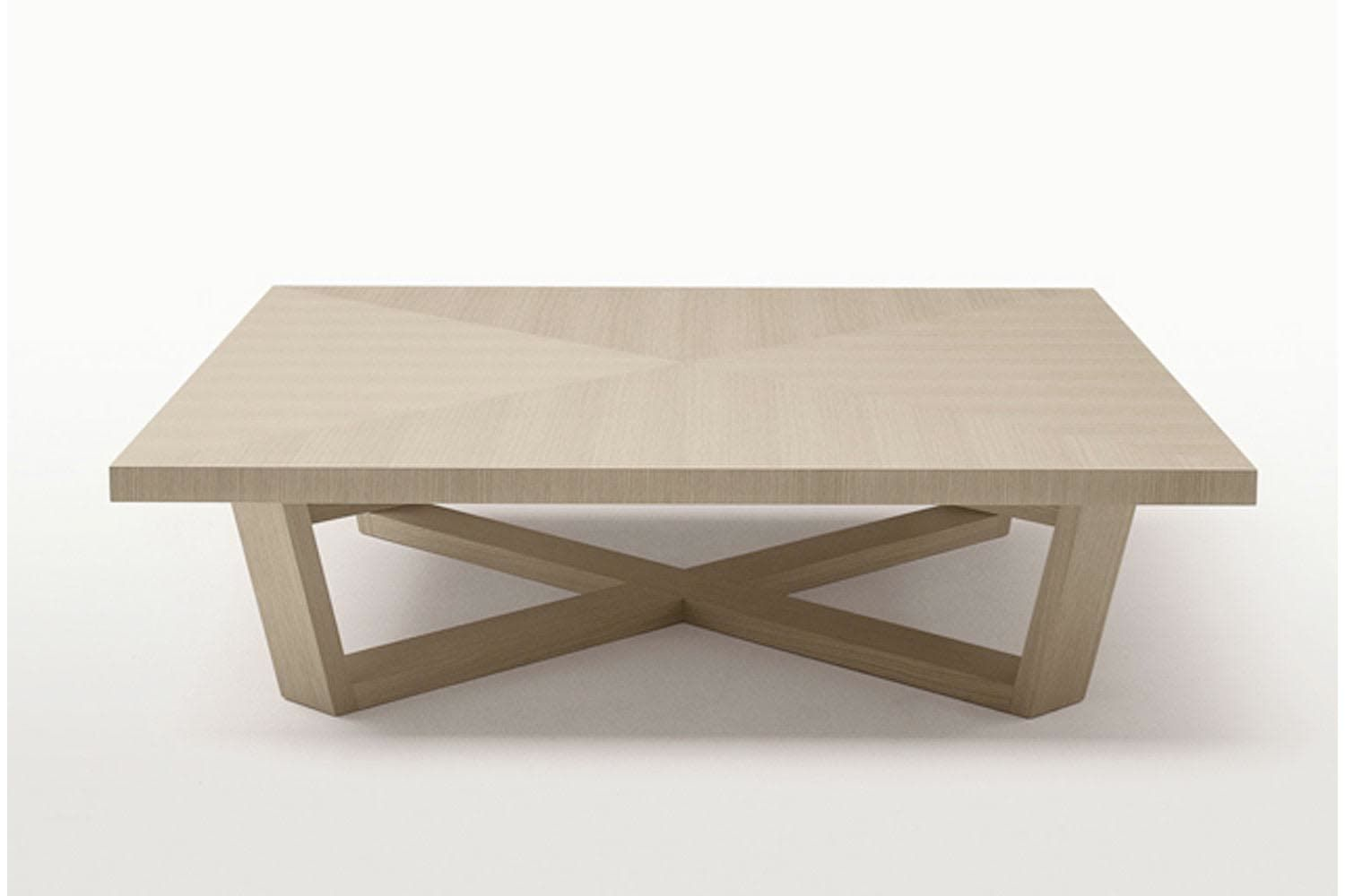 Xilos Small Table By Antonio Citterio For Maxalto Small Tables Table Round Coffee Table [ 1000 x 1500 Pixel ]