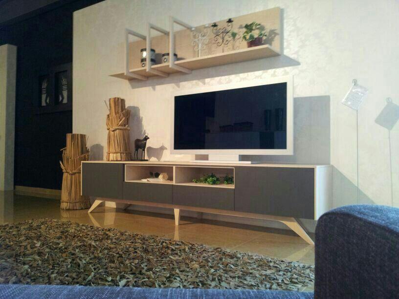 Mueblevintage expuesto en mobles bustos en la s nia for Muebles bustos