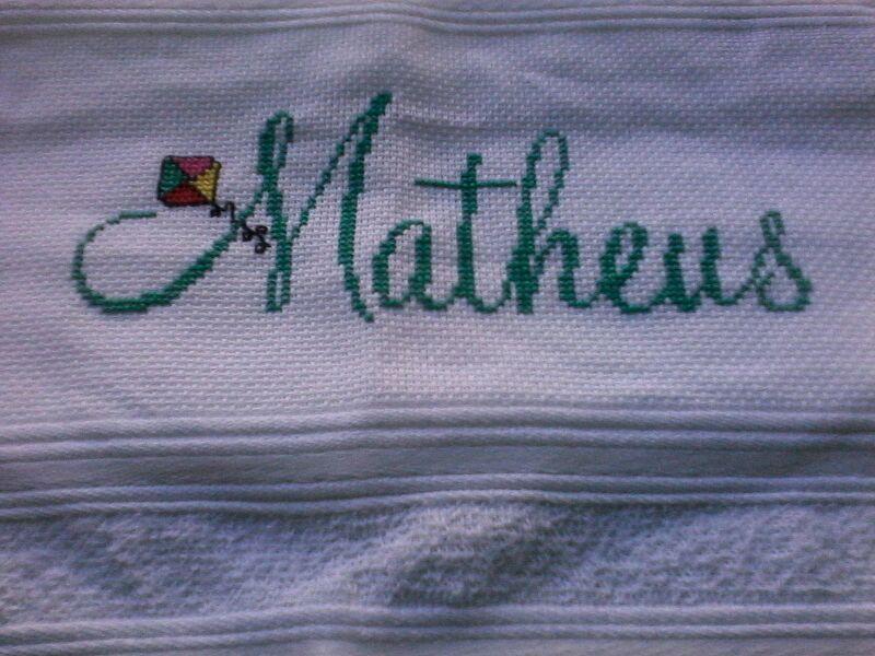 toalha infanti bordadas em ponto cruz