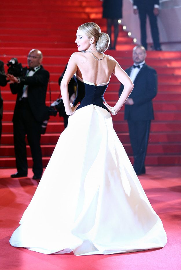 She shines like the beacon of light that she is.   23 Reasons You'll Always Want To Be Blake Lively