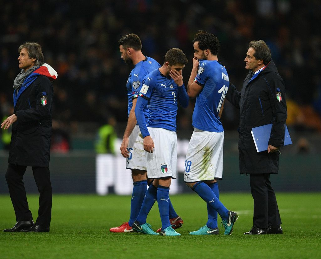 Jorginho Of Italy Dejected At The End Of The Fifa 2018 World Cup Qualifier Play Off Second Leg Between Italy And Sweden At World Cup Qualifiers Fifa World Cup