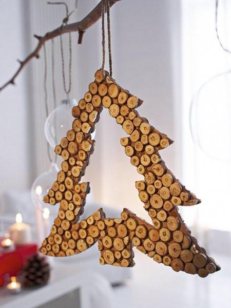 nat rliche weihnachten mit holzdeko holzideen. Black Bedroom Furniture Sets. Home Design Ideas