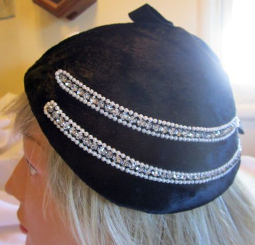 STUDIO STYLE DESIGNED BY  CASPAR DAVIS OF HOLLYWOOD FUR, RHINESTONES and PEARLS HAT From Beckman's of Great Falls, Montana,  Upscale Furrier founded in 1898.  This stunning fur hat is in nice condition. The fur is short, smooth and uniform dark black.