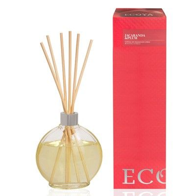 Ecoya Botanical Reed Diffusers are available in a range of invigorating and delicious scents that enliven your space for up to 6 months. Ideal for home or office. Presented in stunning box making them the perfect gift idea.