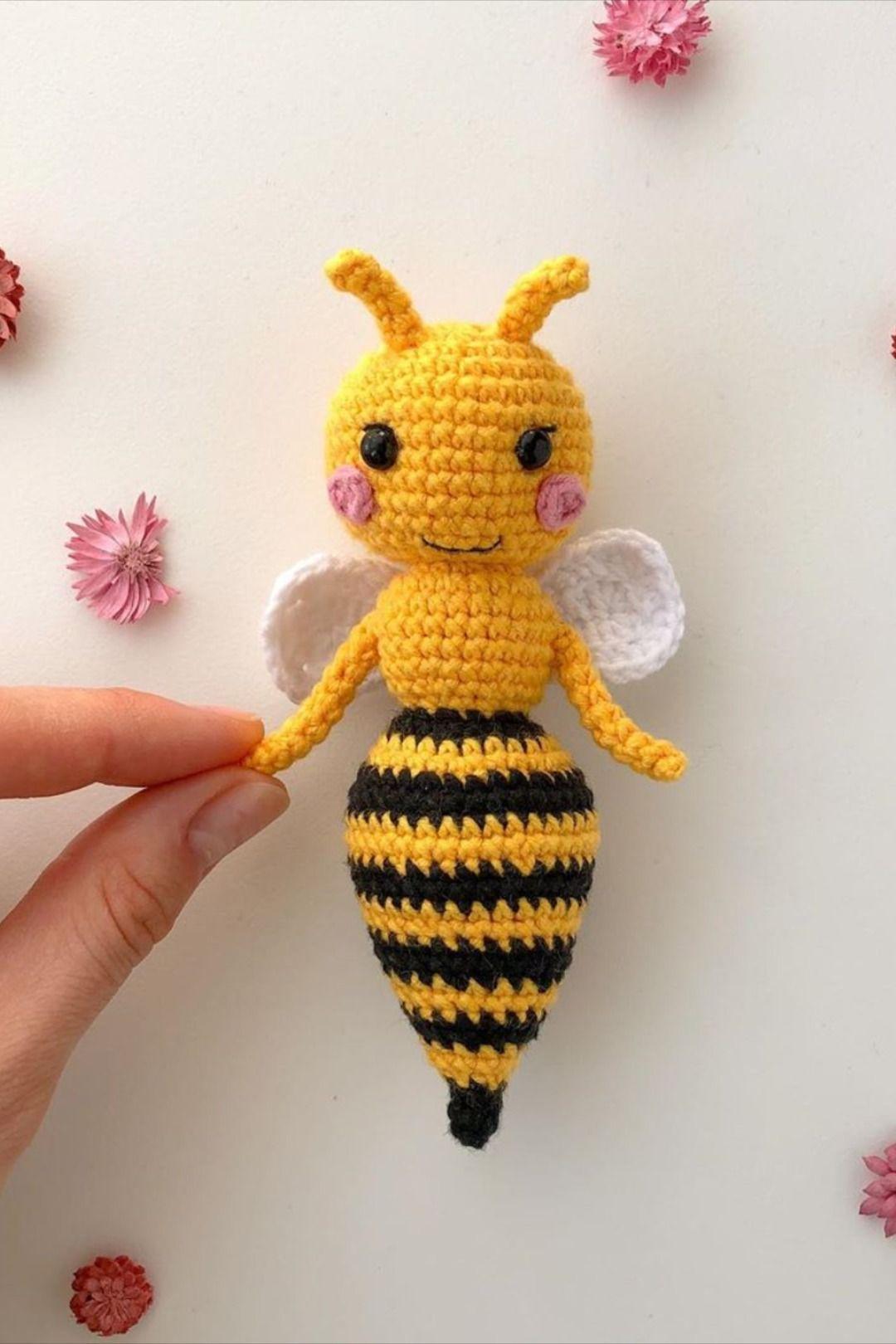 FREE amigurumi bee pattern