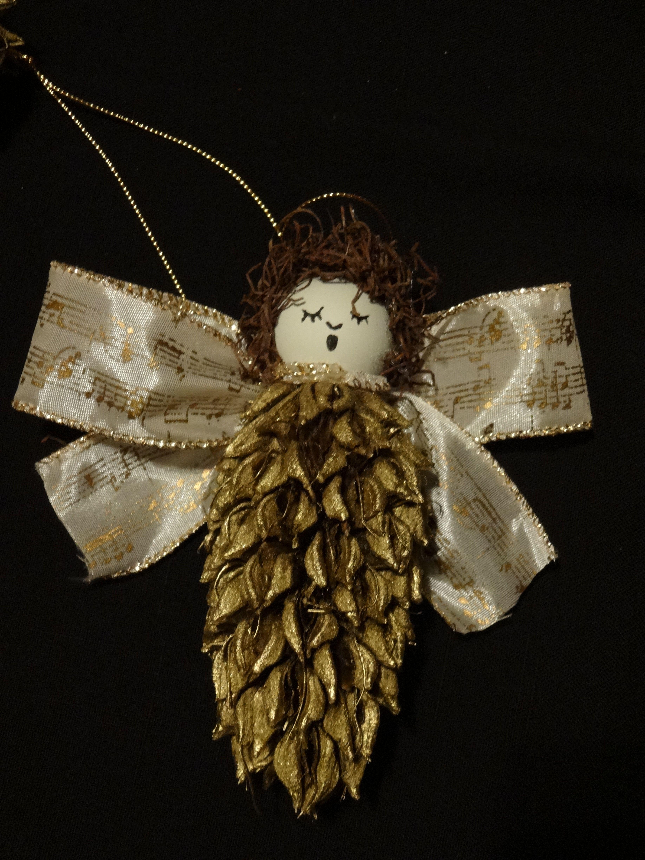Magnolia Seed Pod Angel Christmas Crafts Pinterest