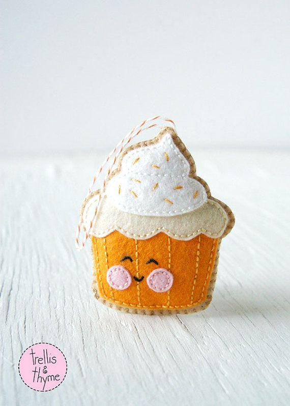 PDF Pattern Cupcake Halloween Thanksgiving Felt por sosaecaetano - patterns for halloween decorations