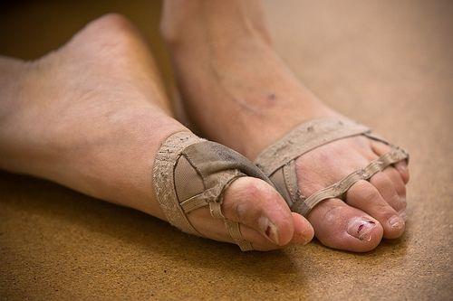 Ballet Dancers Feet | color pictures: 829b40 color pictures: 829b40 color pictures: ea977e ...
