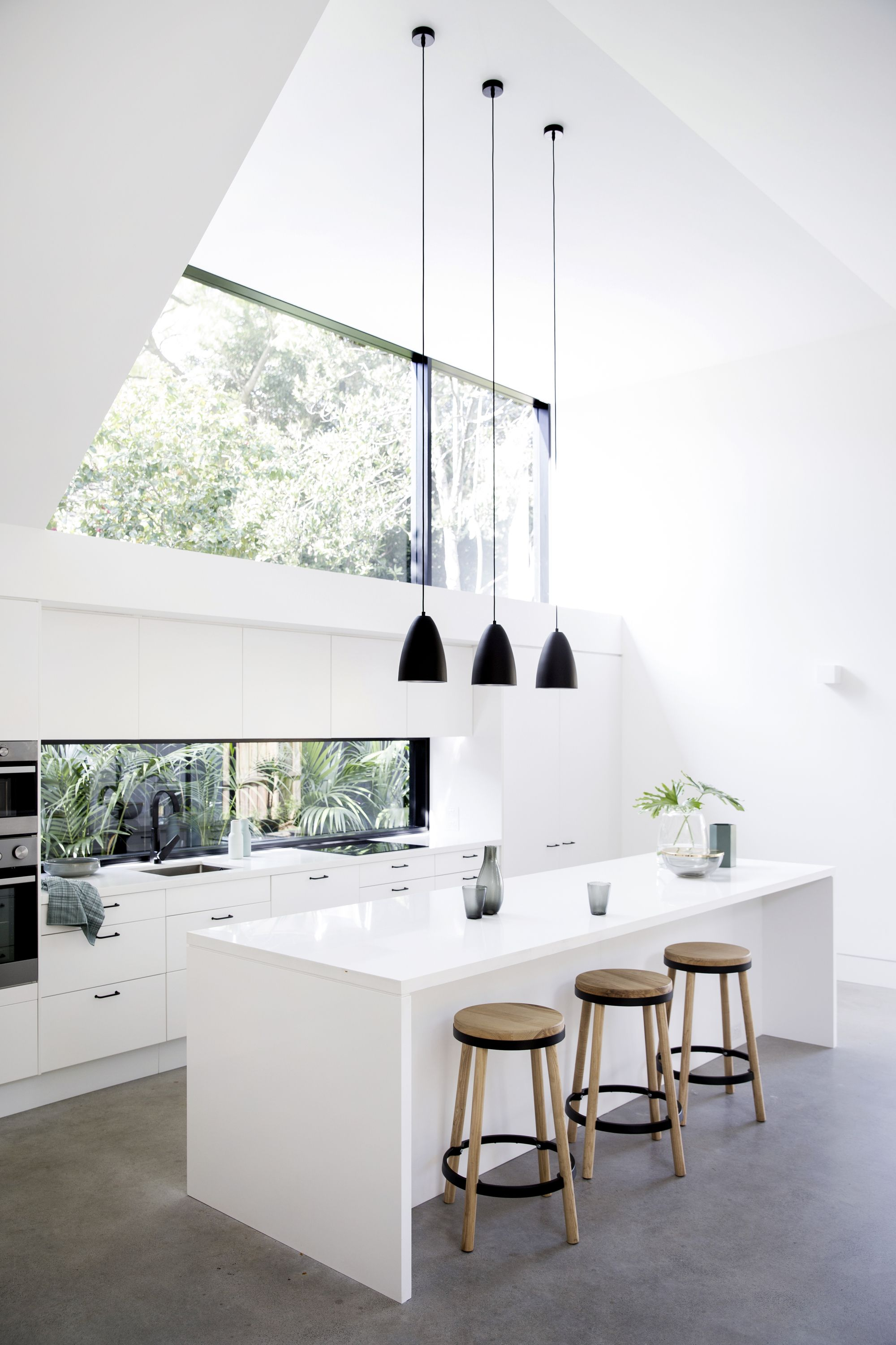 Gallery of allen key house architect prineas also kitchen designed by sims hilditch for the cotswold country rh pinterest