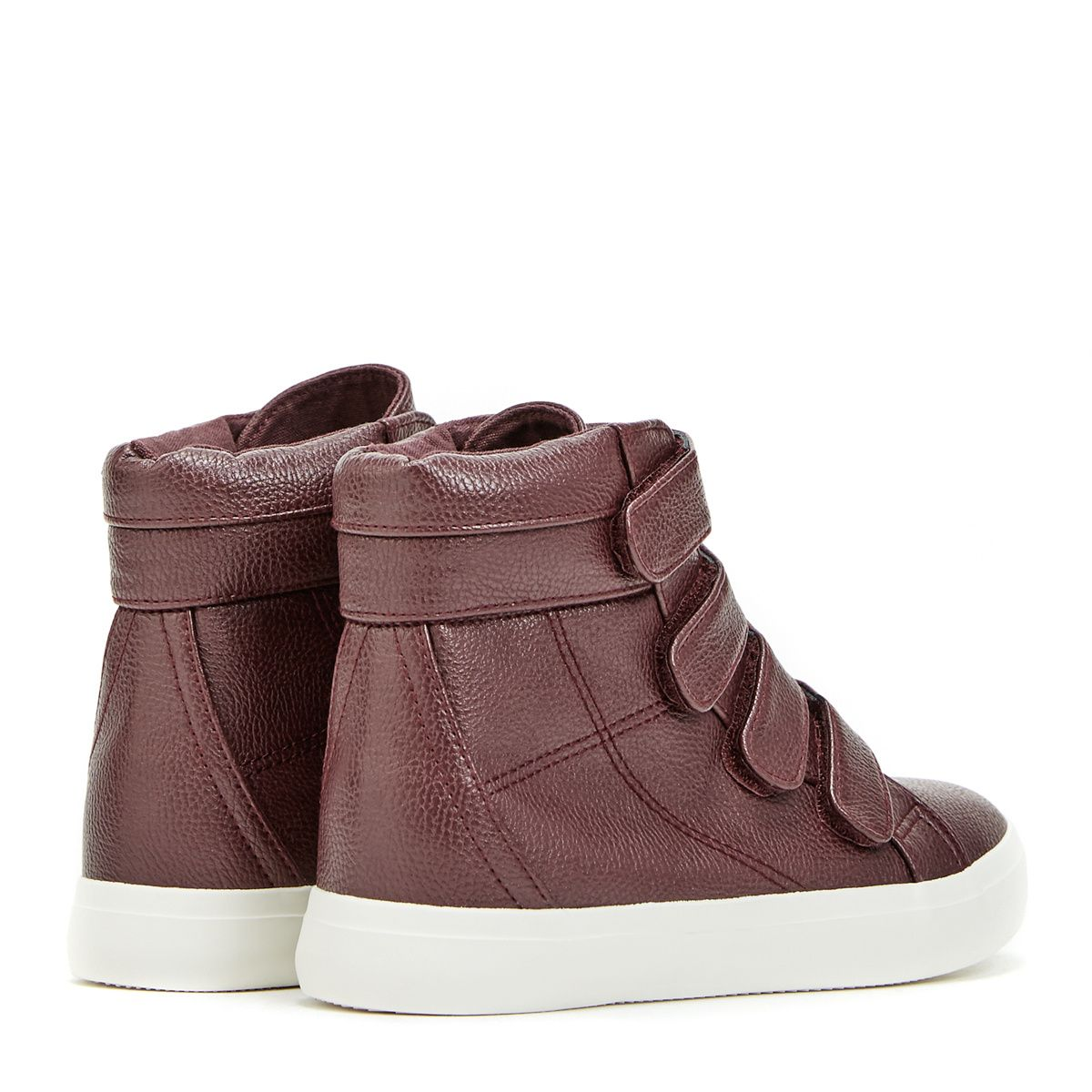 We love a cute high-top sneaker, but we especially love Leilah by JustFab. Why?…