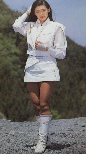 森永奈緒美さんのショートパンツ姿