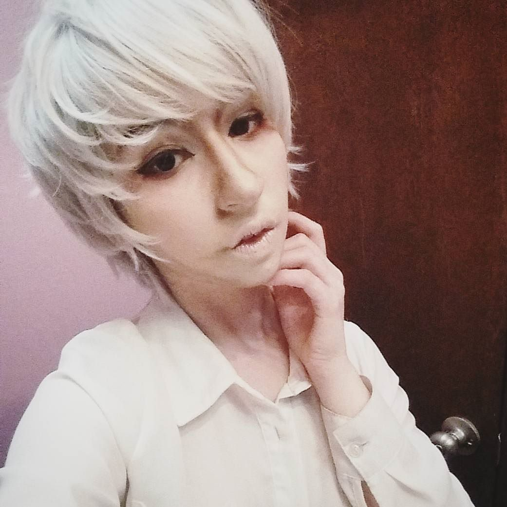 I look so unamused in this picture. But that aside happy birthday to the Awesome Prussia I really want to try to get into cosplay in celebration. I'm curious are there any certain pictures/versions of prussia you guys would like to see. For example beat up silly outfit school girl uniform or even Christmas. I don't know o; //my makeup looks really crumby in this picture I  excited to redo it aah  #cosplay #cosplayer #makeup #selfie #crossplay #anime #whitehair #aphprussia #hetaliacosplay…
