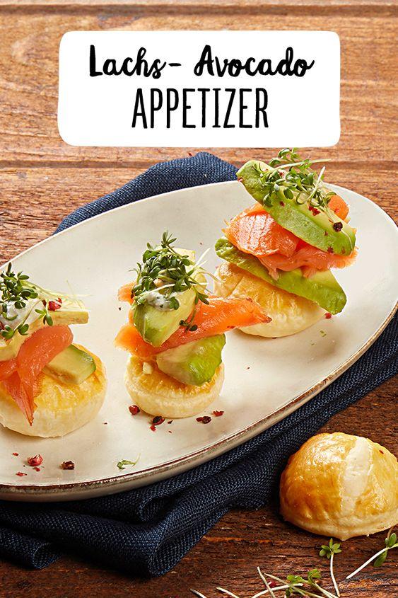 Lachs-Avocado-Appetizer auf Blätterteig