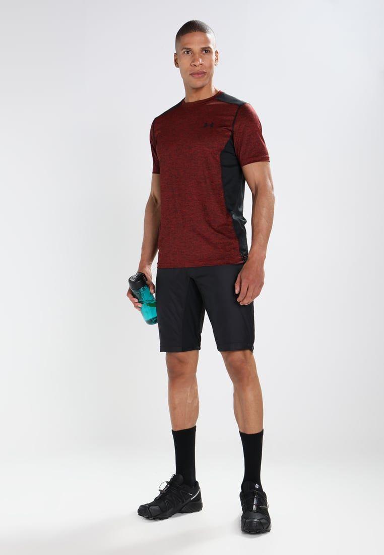 e4578f9881 Consigue este tipo de pantalón corto deportivo de Salomon ahora! Haz ...