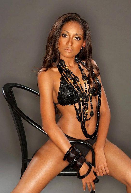 Сексуальные темнокожие женщины