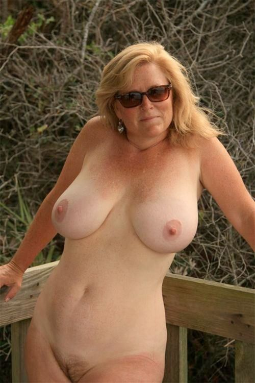 Blondes nude free — photo 15