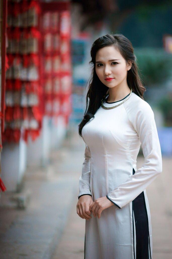 krásne ázijské sex videá Edmonton sex masáž