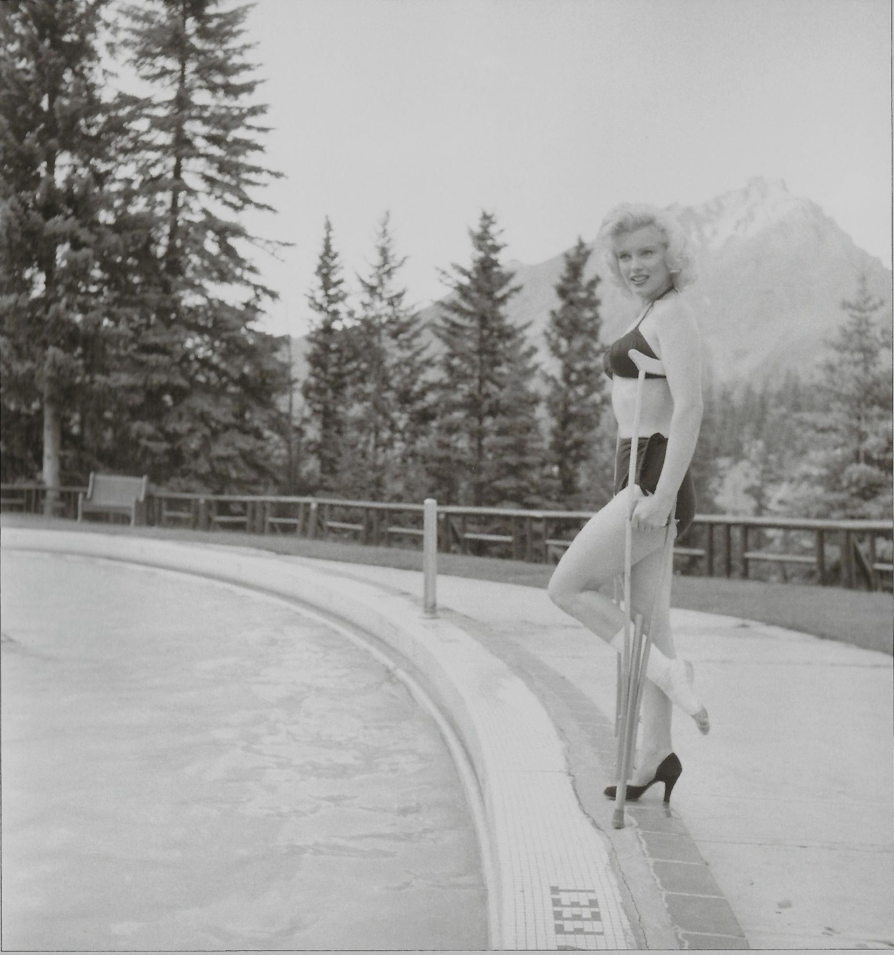 Monroe Canada Marilyn Photographed By John Vachon In Canada 1953