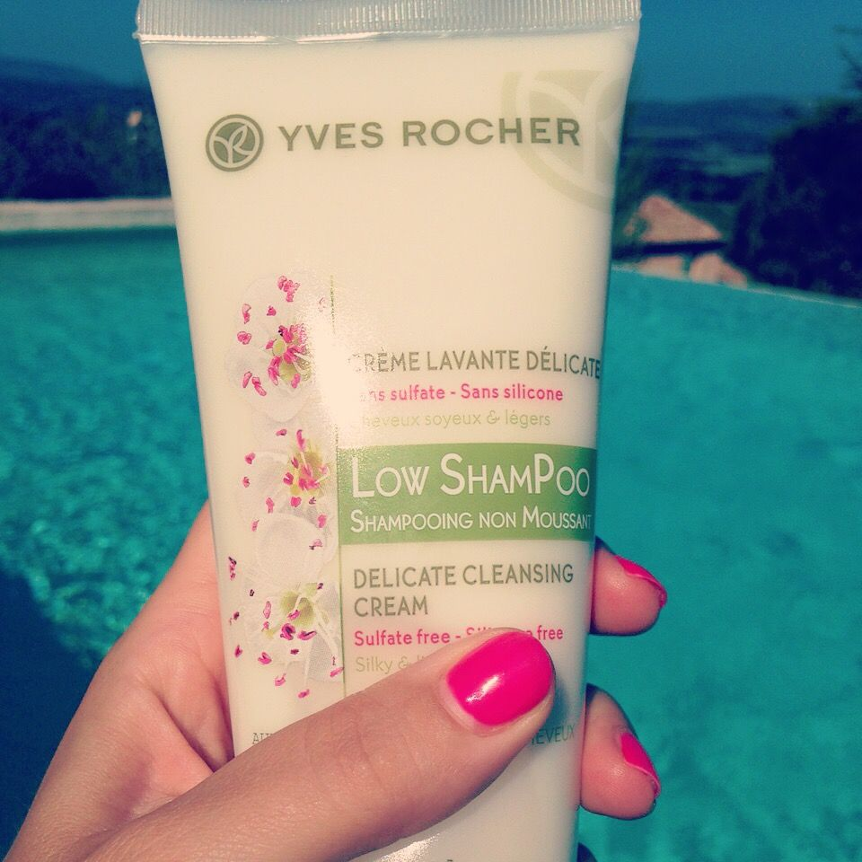 Low ShamPOO Delicate Cleansing Cream Yves Rocher
