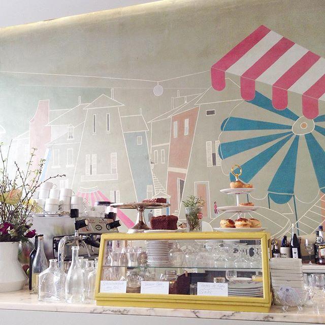 Cafe crush ⛱ #stereocafe #munich #munichfood #pastel #interiordesign #münchen #lieblingscafe #decoration #wallart