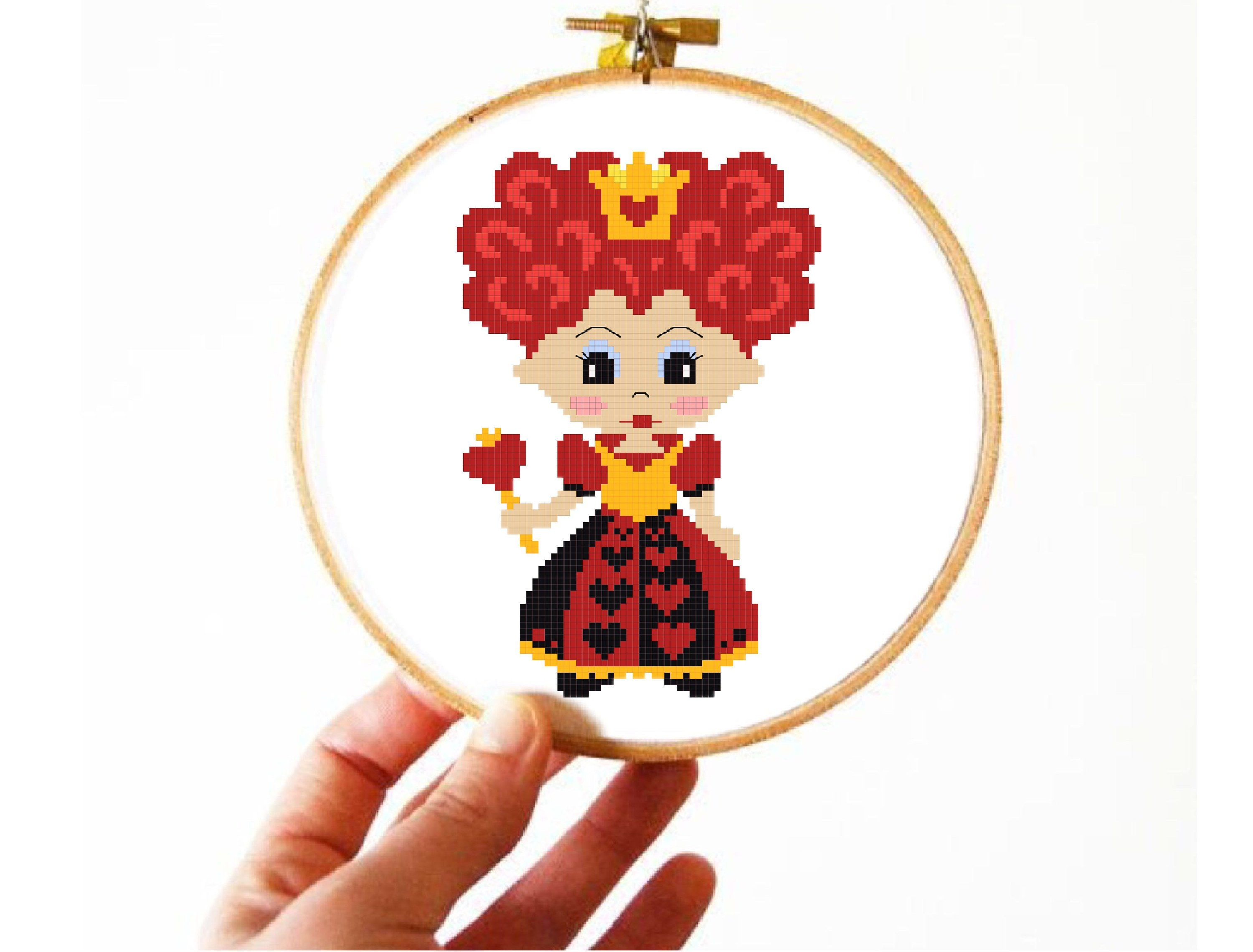Queen Of Hearts Alice In Wonderland Cute Cartoon Cross Stitch Pattern Movie Mad Hatter Cheshire Embroidery Instant Download Pdf Diy Grafico Infantil Infantil Bordado