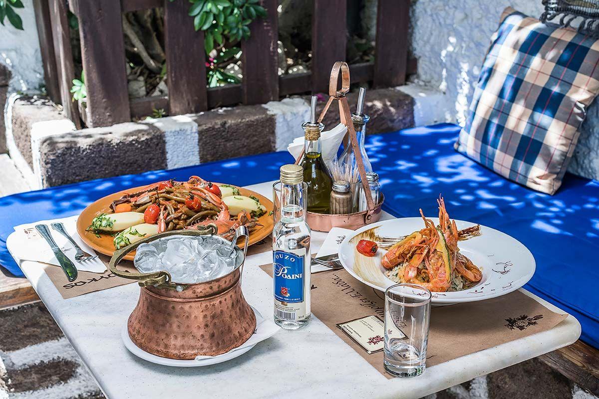 ΚΟΥΚΟΣ παραδοσιακό κατάλυμα Ρόδος - φαγητό θαλασσινά