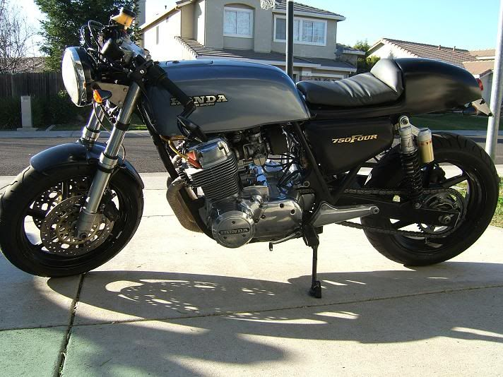 CB750 with CBR900RR swingarm and front end  | Cafe Racer