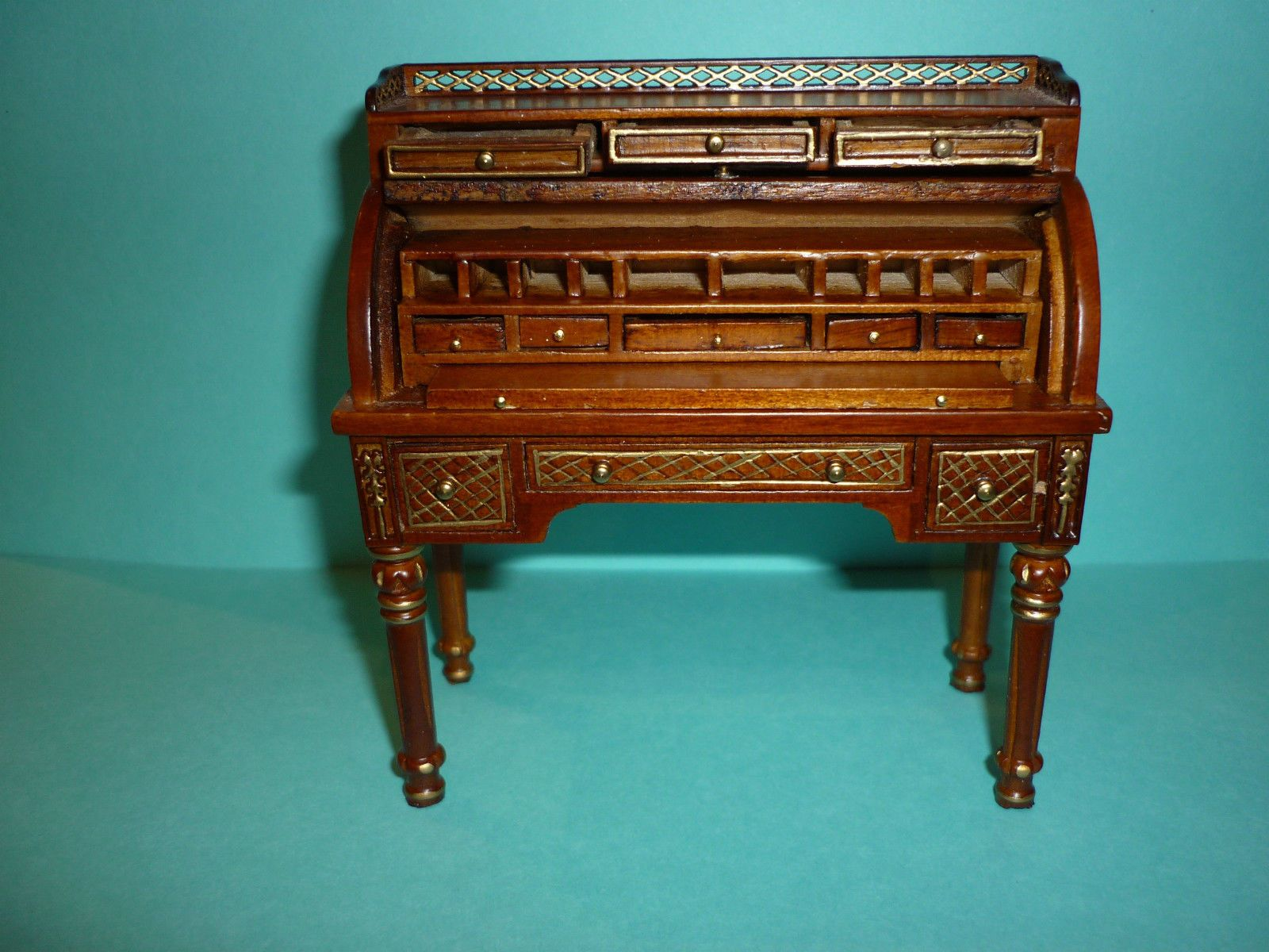 JIA YI DOLLS HOUSE LOUIS XVI ROLLTOP DESK ,CHAIR AND TABLE 12TH SCALE NEW  