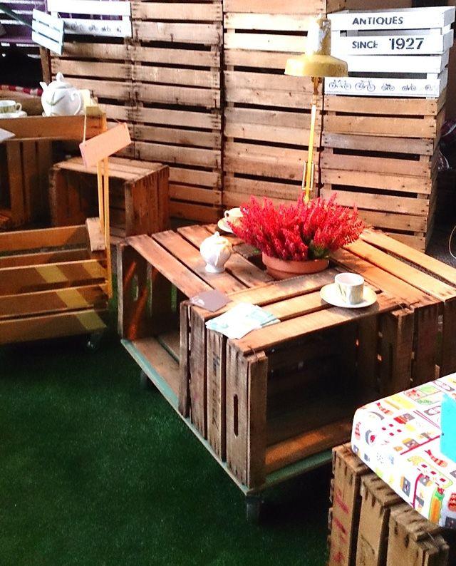 Decora con cajas de madera muebles hechos con cajas de madera mesa revolving mis art culos - Mesas con cajas de madera ...