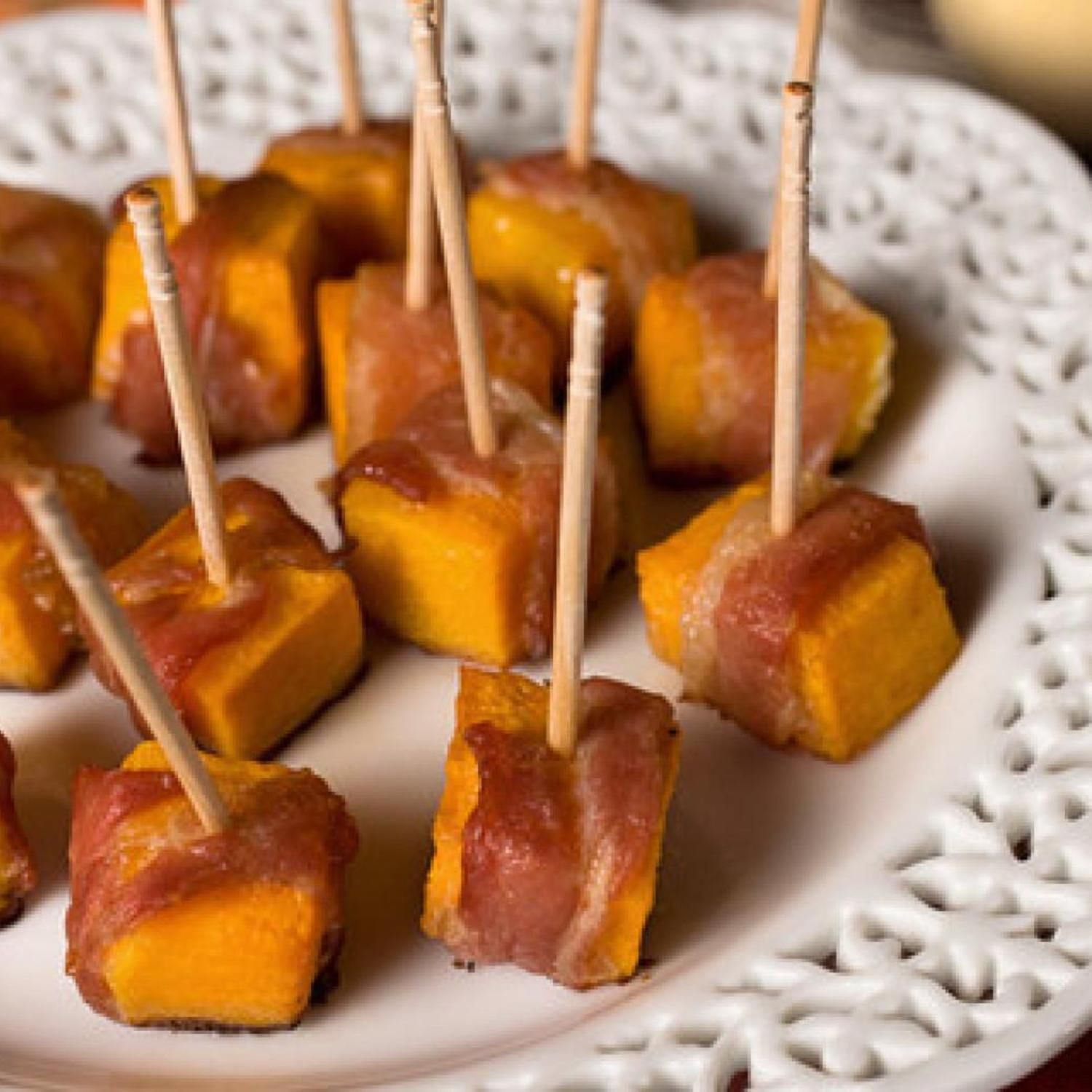 Tried this recipe today from Chow.com... and I have to say it was so good...although it was sprinkled with salt and pepper in the original recipe- my sweet tooth begged to differ so  I have tweaked this recipe to please my sweet tooth! LOL It's an easy appetizer and who doesn't like easy and bacon?