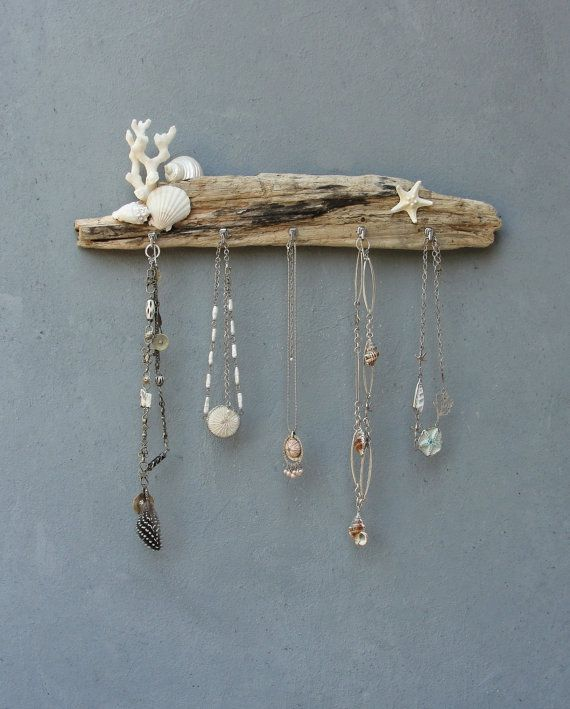 White Seashore Jewelry Storage Organizer Rack - Beach Cottage Style - Driftwood, Shell, Coral, Starfish, Metal #beachcottagestyle