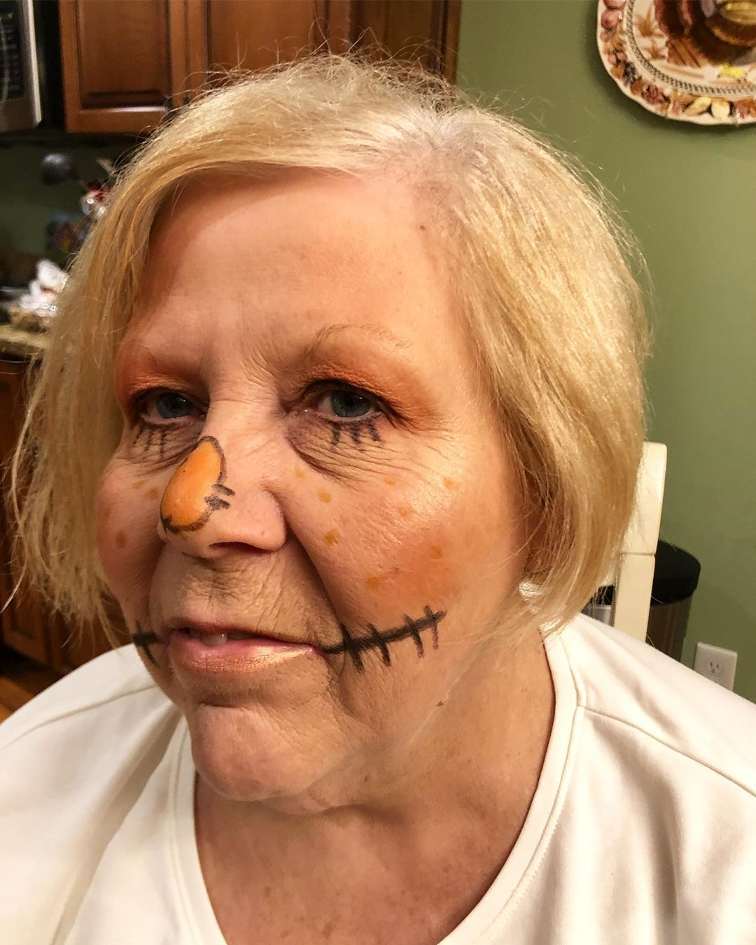 Scarecrow makeup for mrs Annell! Love doing Halloween looks ... #scarecrowmakeup