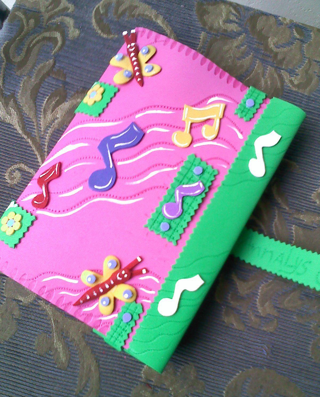 Forro de cuaderno peque o con notas musicales yuny nu ez - Decoracion para foto ...