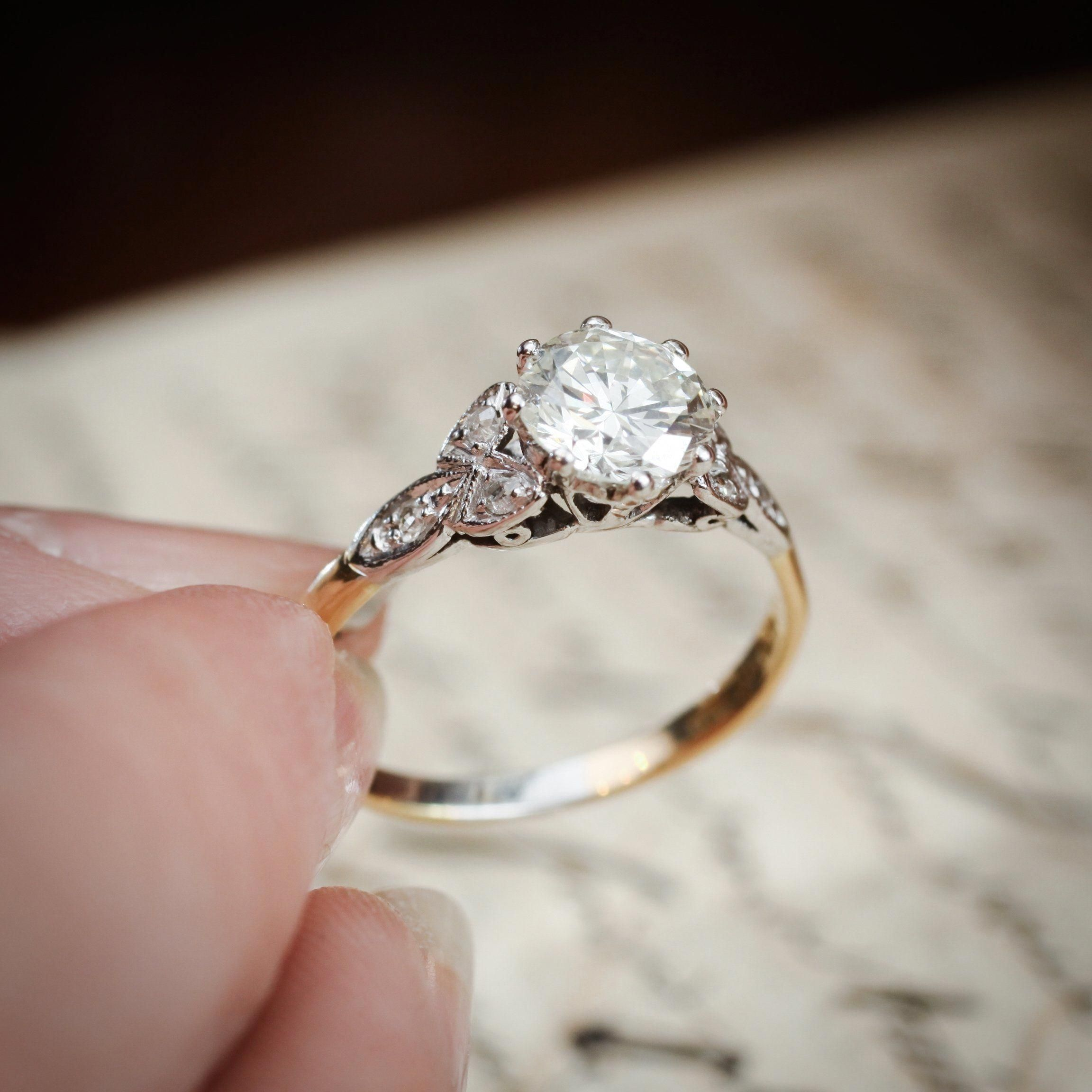 Diamond Engagement Rings On Sale Right Now Diamondengagementri Antique Diamond Engagement Rings Gemstone Diamond Engagement Rings Solitaire Engagement Ring