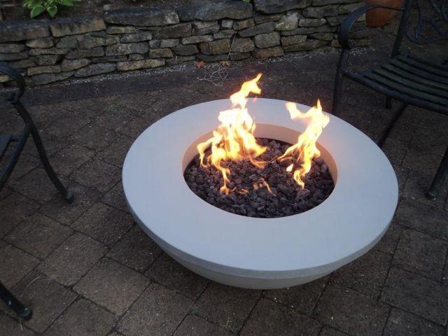 Glut-Feuerstelle Garten-rund romantisches Ambiente, Betonschale ...