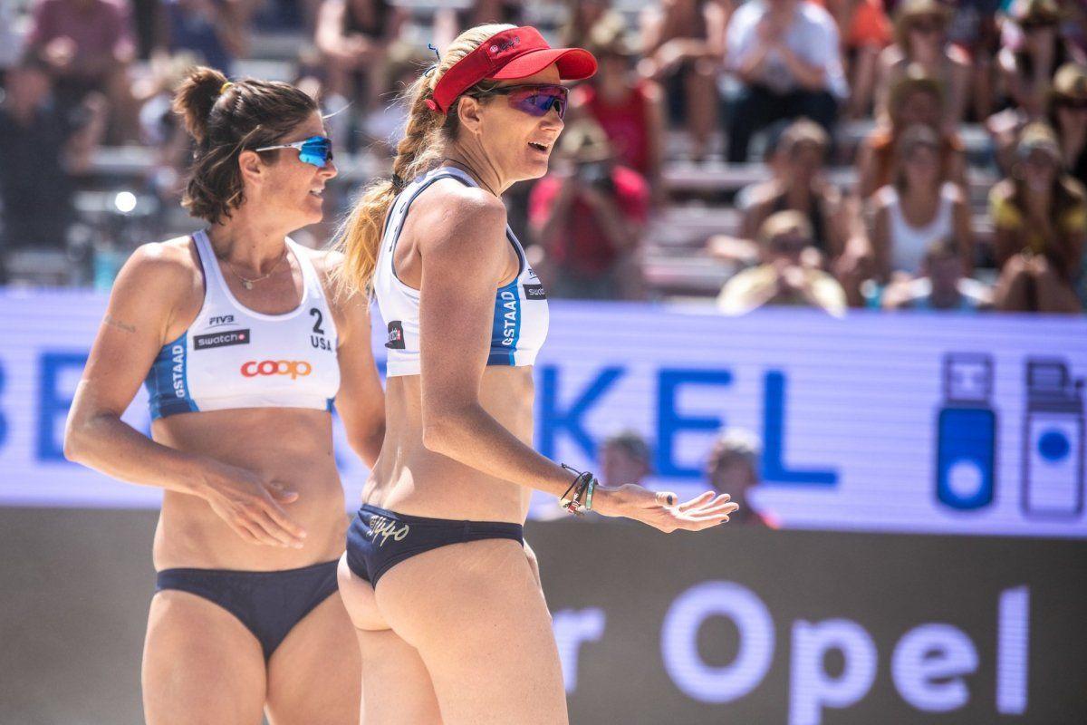 Summer Ross Facing And Brooke Sweat Celebrate Winning The Women S Final Pro Volleyball Match Against Betsi Fl Beach Volleyball Volleyball Volleyball Articles