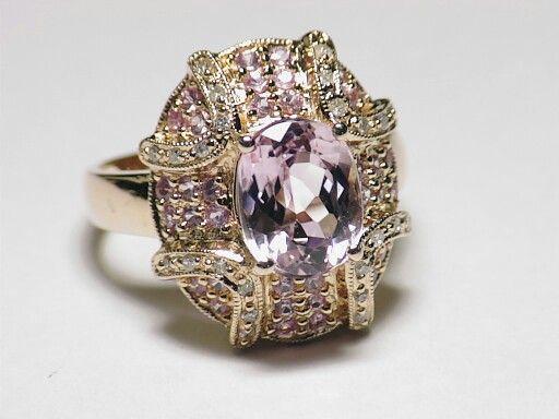 Vintage gold round cut white diamond engagement ring.   http://stores.ebay.com/saltydogwalter?_rdc=1