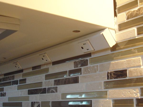 Under Cabinet Outlet Strip Undercabinet Kitchen Outlet Strips ...