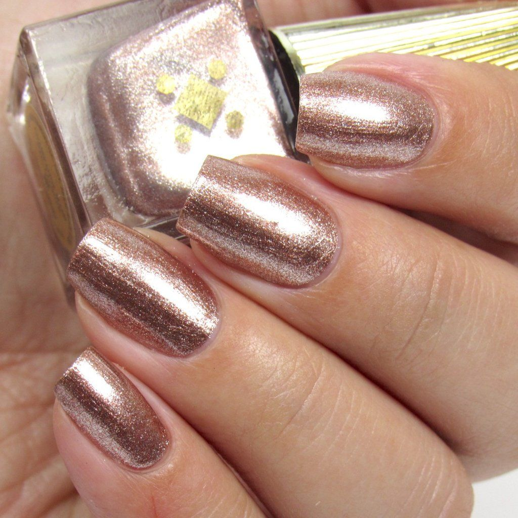 Champagne mami | Cruelty free and Top coat