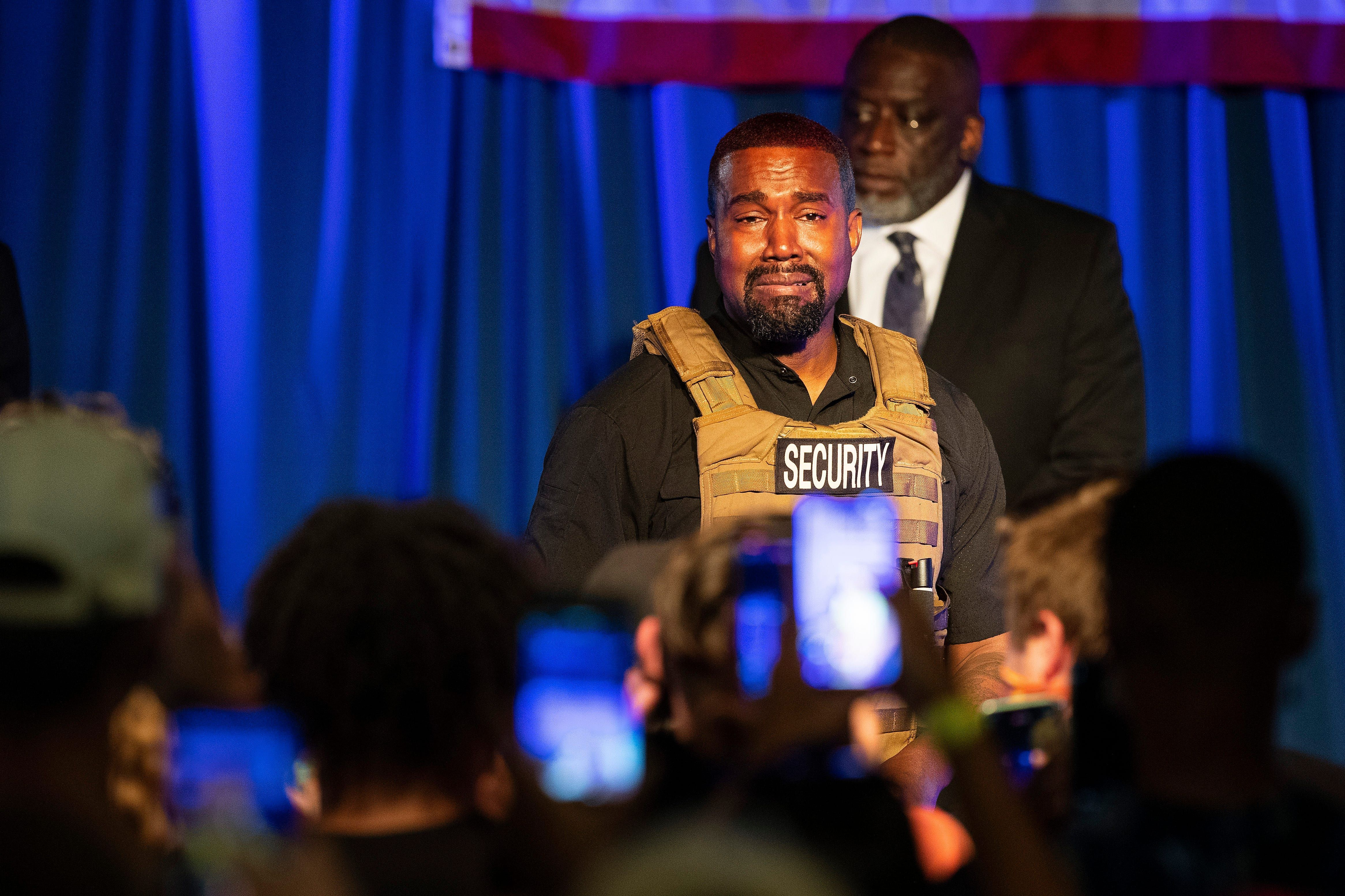 Bernie Sanders I Certainly Did Not Sign Petition To Get Kanye West On Wisconsin Ballot In 2020 Kanye West Rapper American Rappers
