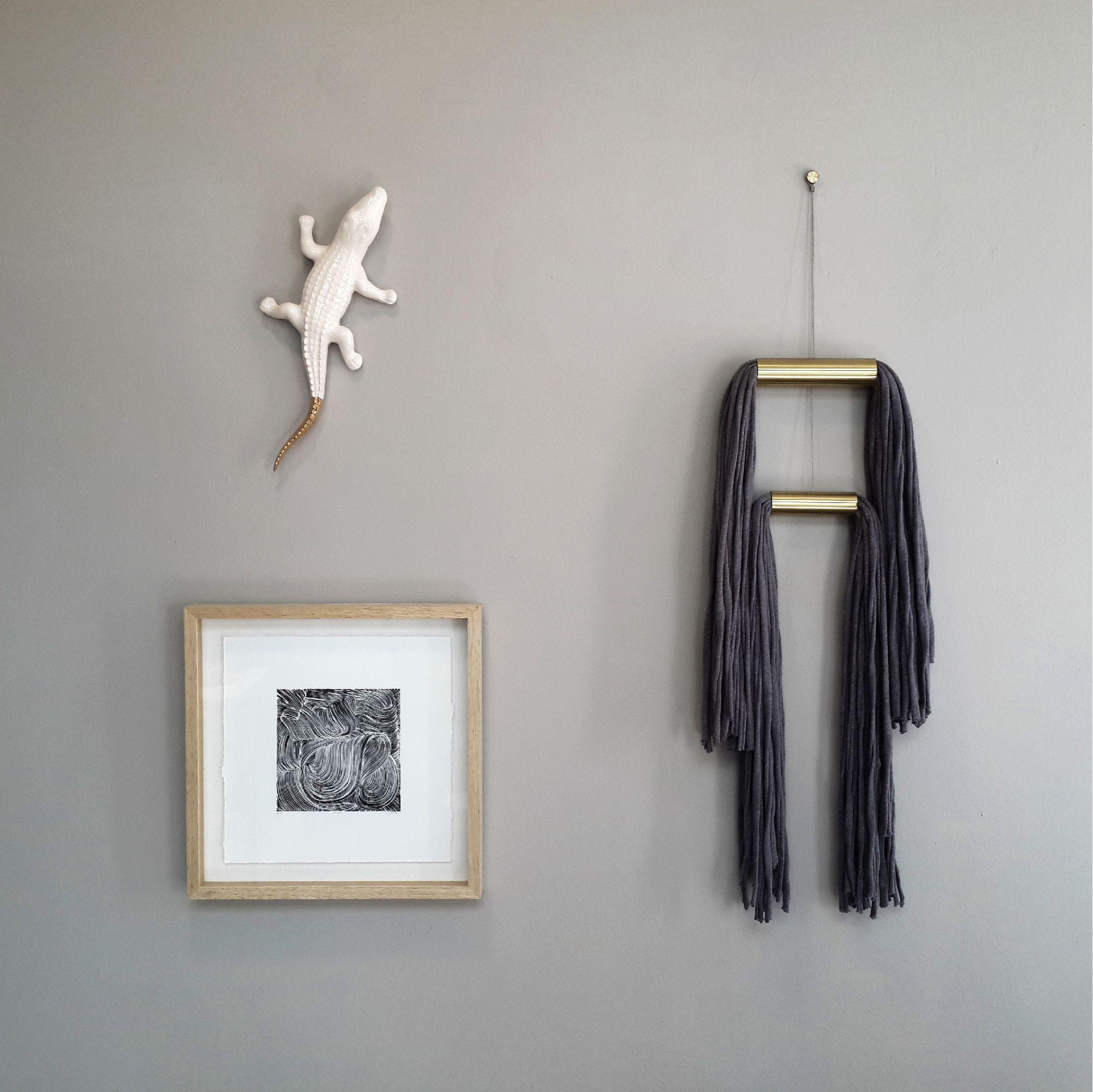 D Wall Hanging Brush I Linocut Art Series Ceramic Crocodile
